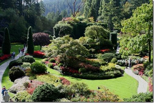 Visitors explore the Sunken Garden. Photo credit: Jean Potuchek