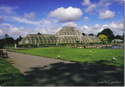 Palm House, Royal Botanic Gardens, Kew (photo credit: Jean Potuchek)