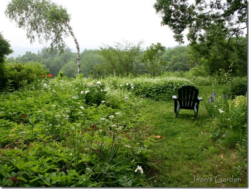 Place to sit and contemplate at Flower Hill Farm (photo credit: Jean Potuchek)