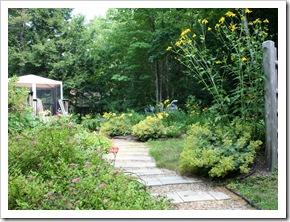 Entering the back garden (photo credit: Jean Potuchek)