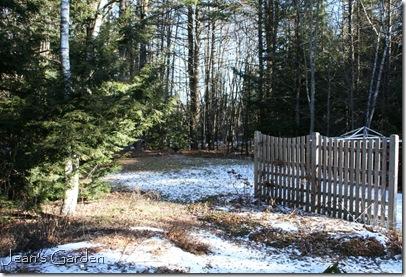 Winter garden without snow cover (photo credit: Jean Potuchek)