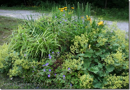 The Circular Bed, July 2012 (photo credit: Jean Potuchek)