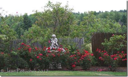 Xanh rose garden