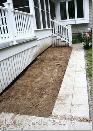 porch border dug